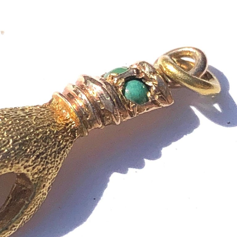 Late Georgian Turquoise and 15 Carat Gold Hand Charm In Good Condition For Sale In Chipping Campden, GB