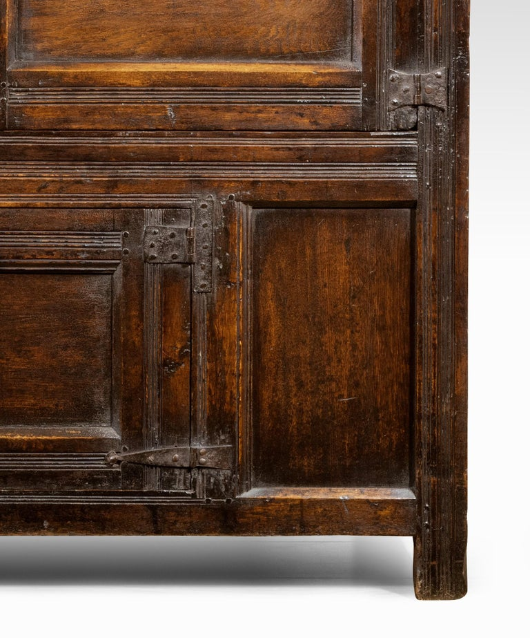 Late 17th Century William and Mary Westmorland Carved Oak Court Cupboard For Sale 1