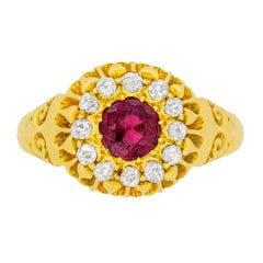 Late Victorian 0.70ct Garnet and Diamond Cluster Ring, c.1903