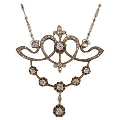 Late Victorian 1.15 Carat Diamond Total Drop Pendant Necklace Platinum Chain