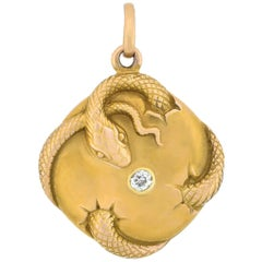 Late Victorian 14 Karat Doubled Sided 0.20 Total Carat Diamond Snake Locket