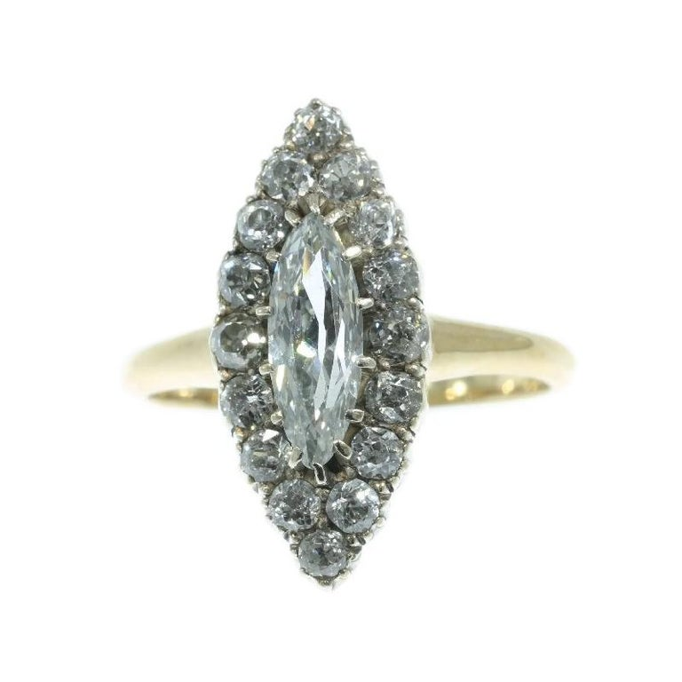 Antique jewelry object group: engagement ring (or anniversary ring)  Condition: excellent condition  Ring size Continental: 55&17½, Size US7¼, Size UK:O - Free resizing (only for extreme resizing we have to charge).  Do you wish for a 360?