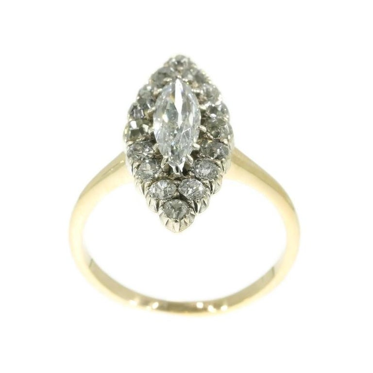 Late Victorian 1.82 Carat Diamond Gold Marquise Engagement Ring, 1880s In Excellent Condition For Sale In Antwerp, BE