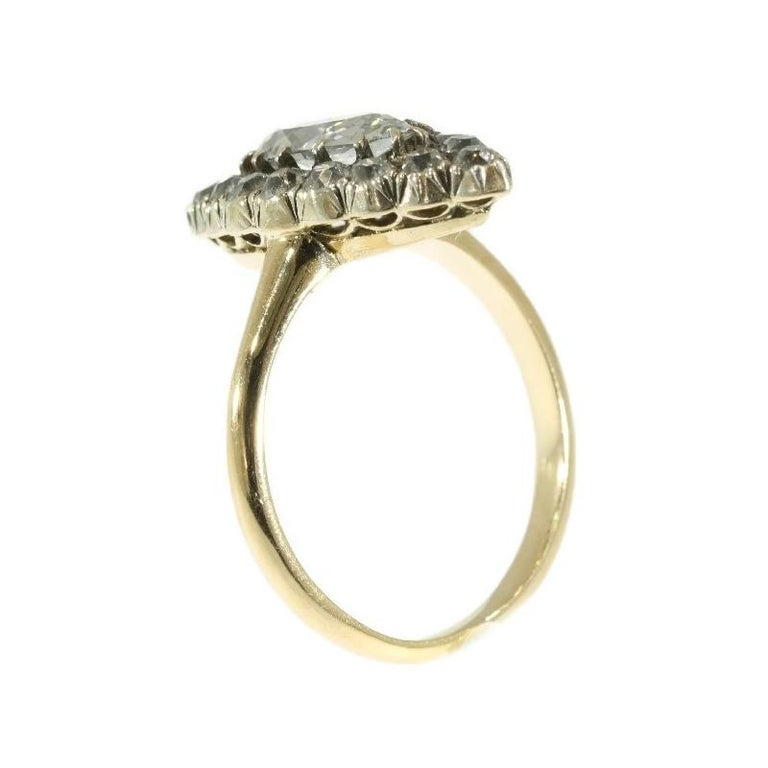 Late Victorian 1.82 Carat Diamond Gold Marquise Engagement Ring, 1880s For Sale 2