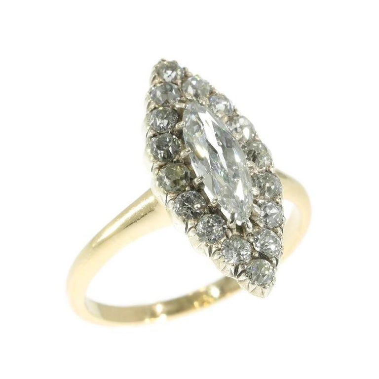 Late Victorian 1.82 Carat Diamond Gold Marquise Engagement Ring, 1880s For Sale 3
