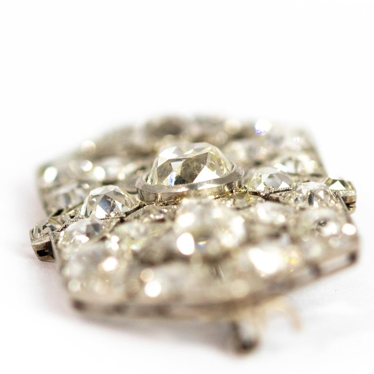 Late Victorian 9.70 Carat Diamond and Platinum Brooch For Sale 6