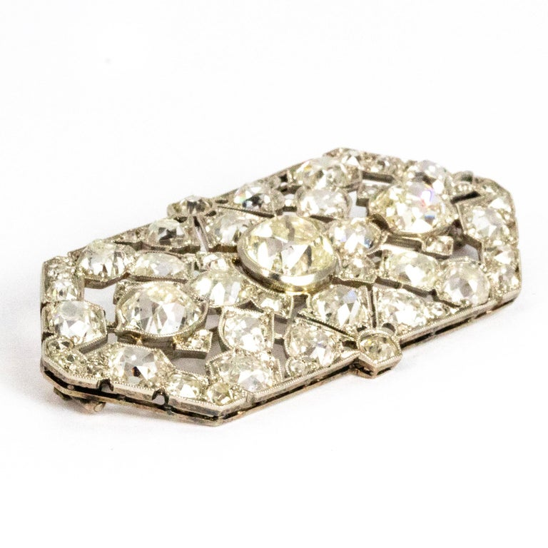 Late Victorian 9.70 Carat Diamond and Platinum Brooch For Sale 4