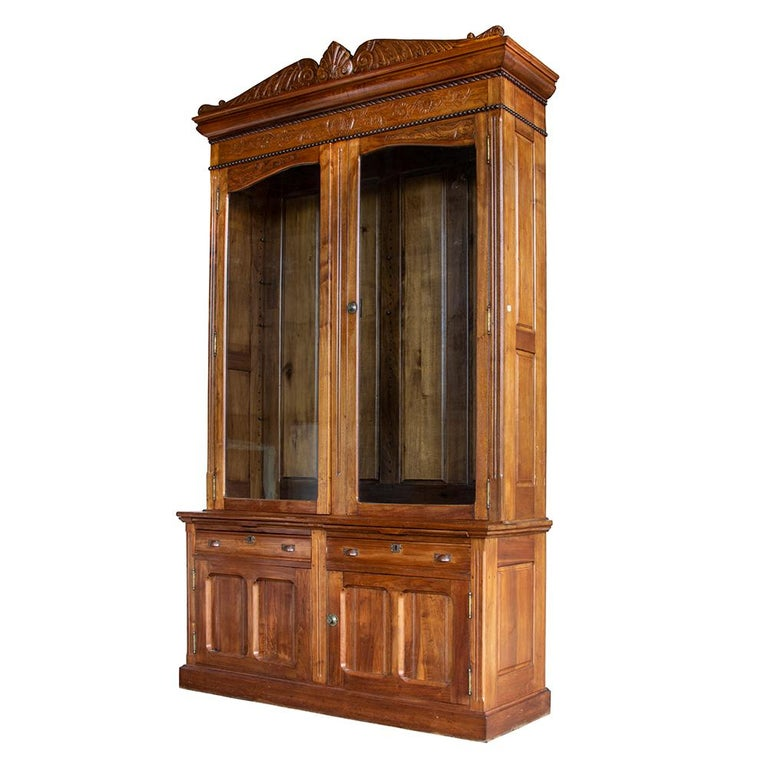 Late Victorian Bookcase In Good Condition For Sale In Aurora, OR