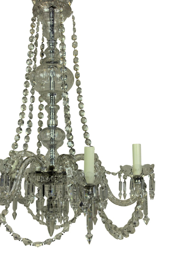 Late Victorian English Cut Glass Chandelier In Good Condition In London, GB