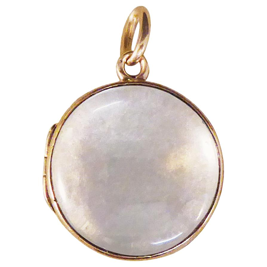 Late Victorian Glass Shaker Locket Pendant in 15ct Yellow Gold, C1880