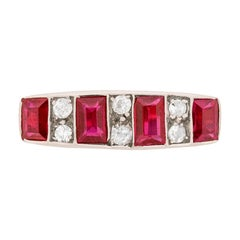 Late Victorian Ruby and Diamond Cluster Ring, circa 1900s