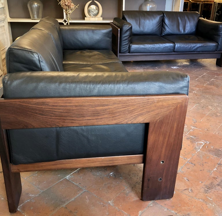 Bastiano Black Leather Sofa with Walnut Frame by Afra & Tobia Scarpa For Sale 6