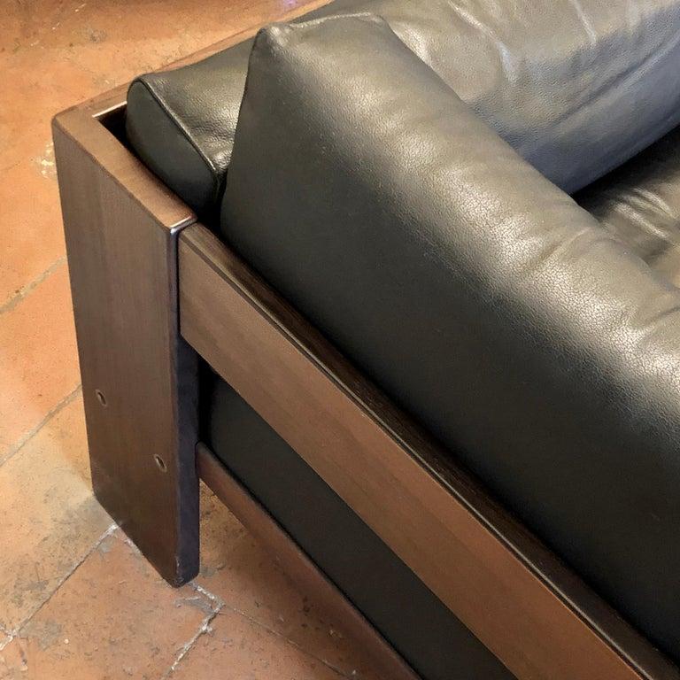 Bastiano Black Leather Sofa with Walnut Frame by Afra & Tobia Scarpa For Sale 1