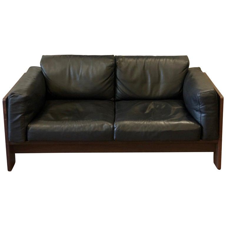 Bastiano Black Leather Sofa with Walnut Frame by Afra & Tobia Scarpa For Sale