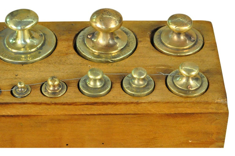 Later 19th Century French Set of Scale Weights For Sale 1