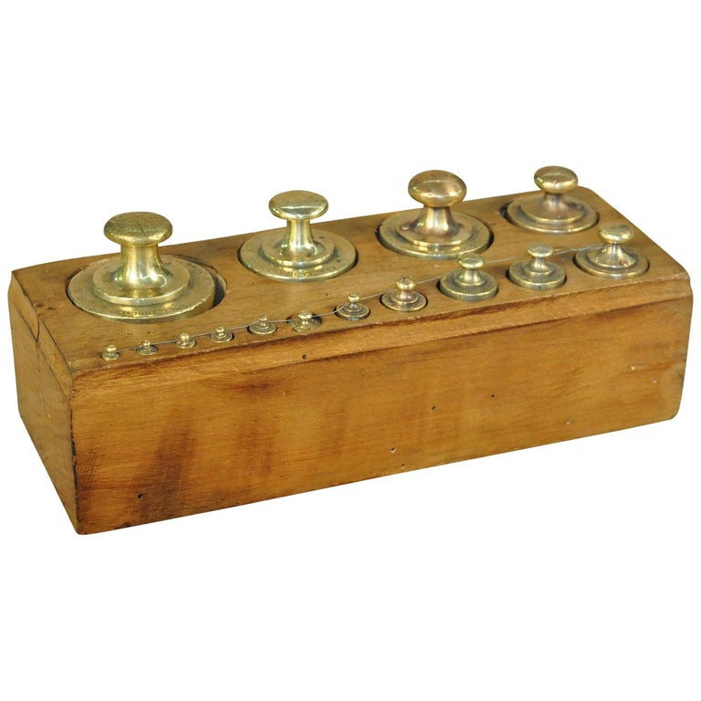 Later 19th Century French Set of Scale Weights For Sale
