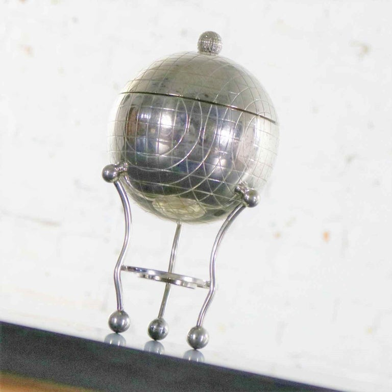 Unique Victorian silver plate egg warmer in a globe or orb shape by Thomas Latham and Ernest Morton for Latham & Morton of Birmingham. It has all the appropriate hallmarks, pseudo hallmarks, and trademarks. It is in wonderful vintage condition.