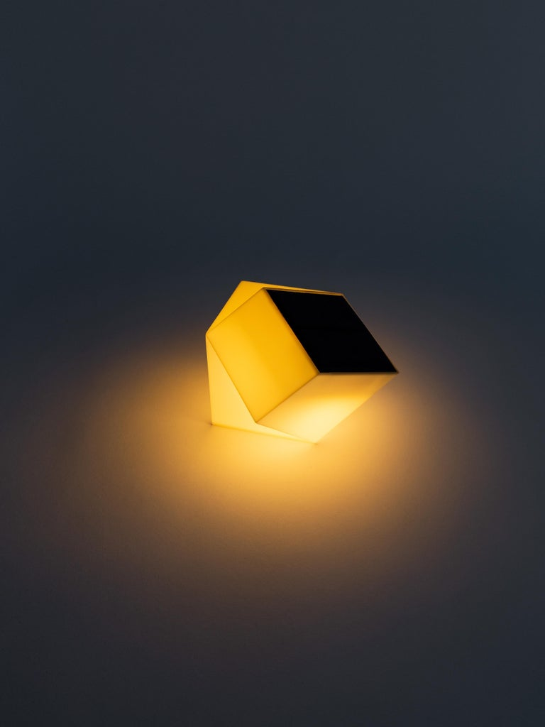 Latitude Light, 3D Printed Contemporary Solar-Powered Translucent, Customizable In New Condition For Sale In Brooklyn, NY