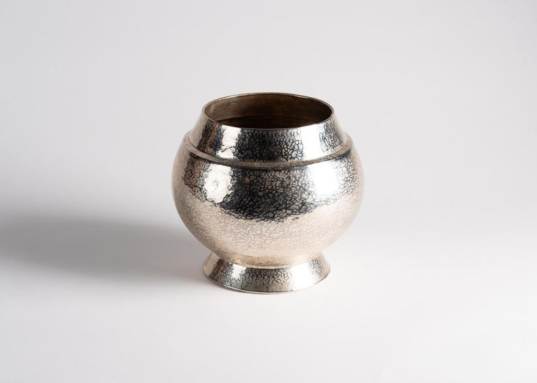 Laura Kirar, Florero Pequeño, Silver Washed Hammered Copper Vessel, Mexico, 2018 In Good Condition For Sale In New York, NY