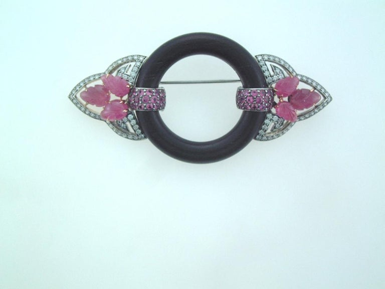 Round Cut Laura Munder Pink Sapphire Diamond Wood Pin Brooch For Sale