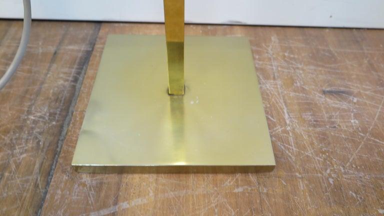 Mid-20th Century Laurel Brass Floor Lamp For Sale