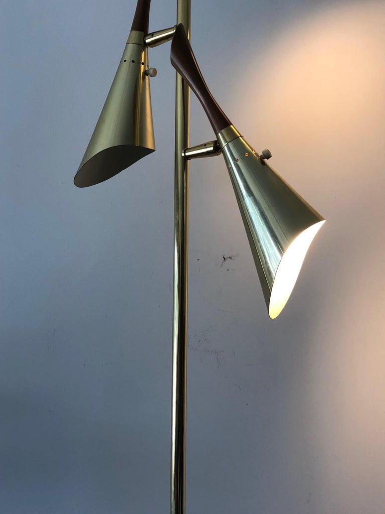 Laurel Floor Lamp with Pivoting Shades For Sale 3