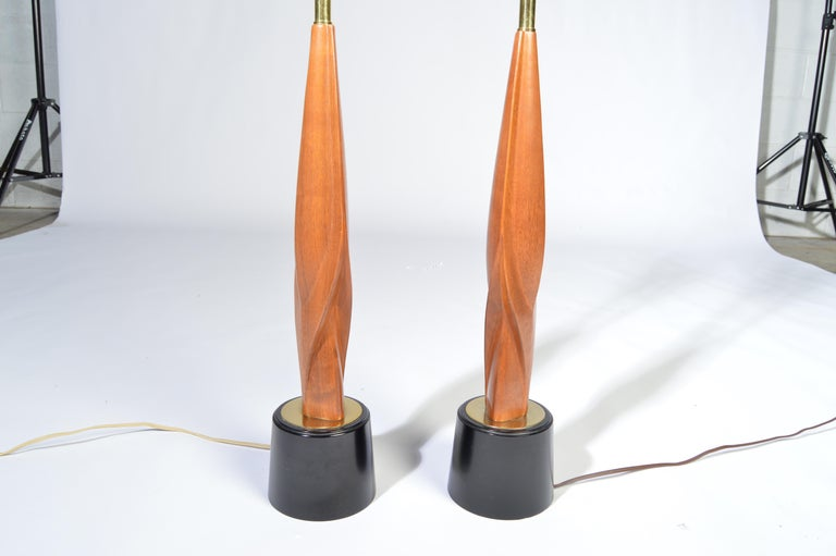 Mid-Century Modern Laurel Lamp Company Midcentury Sculptural Walnut Table Lamps, circa 1960