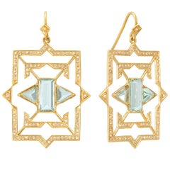 Lauren Harper 4.9 Carat Aquamarine, 1.22 Carat Diamond, Gold Geometric Earrings
