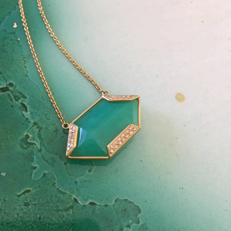 Women's Lauren Harper Chrysophrase .26 Carat Diamonds 18 Karat Gold Necklace For Sale