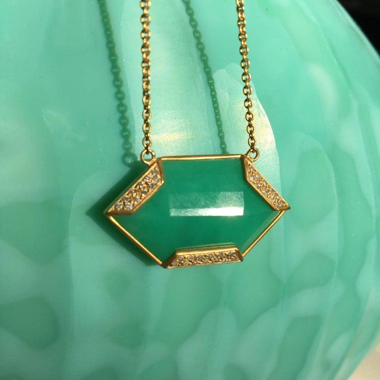 Lauren Harper Chrysophrase .26 Carat Diamonds 18 Karat Gold Necklace For Sale 4