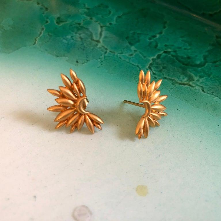 Women's or Men's Lauren Harper Gold Sunburst Studs For Sale