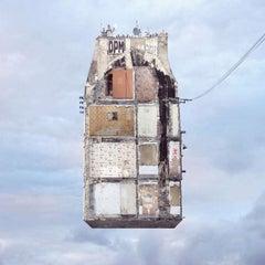 Trace au Mur - Digital Contemporary Color Photograph, Parisian Flying House