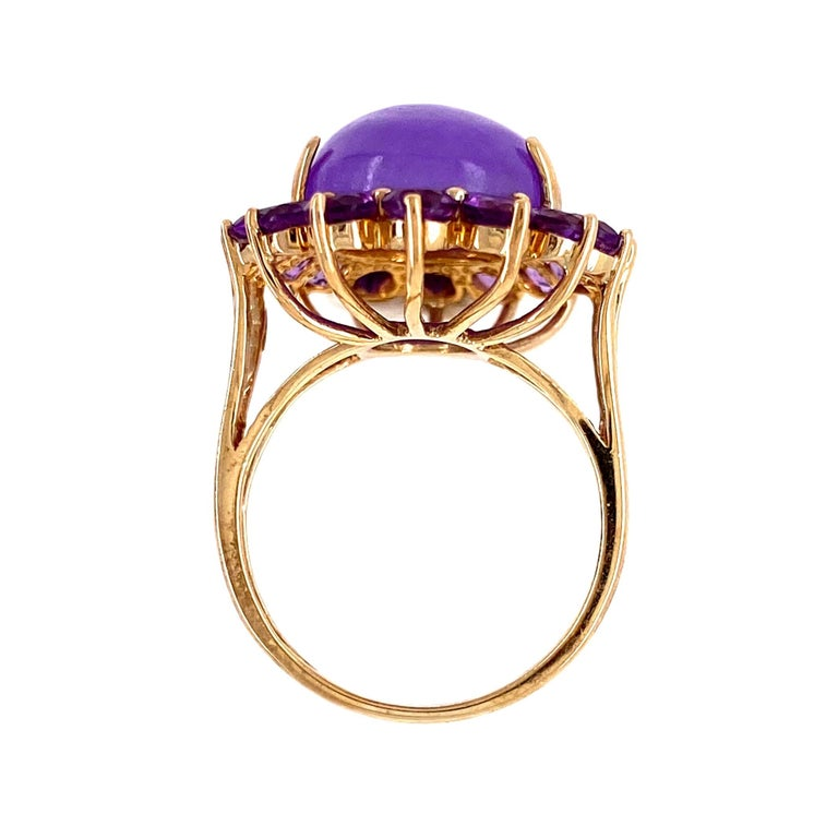 Modern Lavender Jade and Amethyst Gold Cocktail Ring Estate Fine Jewelry For Sale