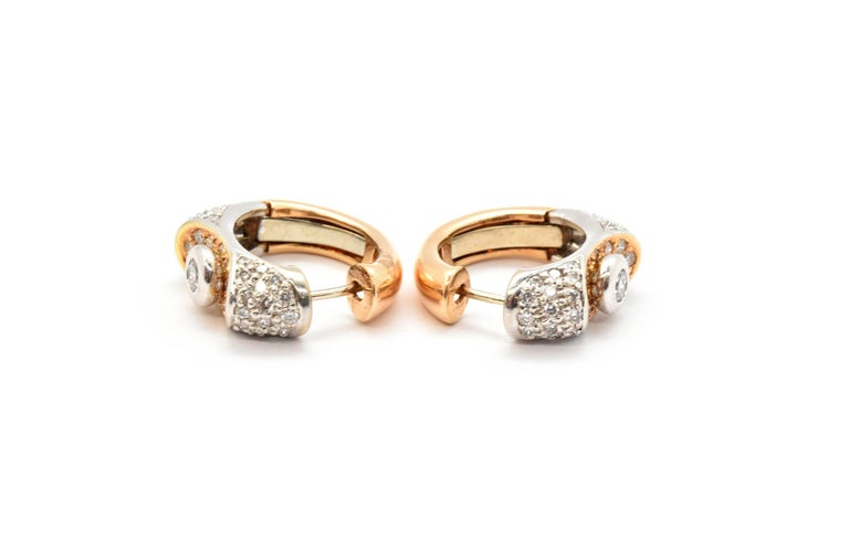 Lavin 18 Karat White and Rose Gold Diamond Huggie Earrings 1.20 Carat In Excellent Condition For Sale In Scottsdale, AZ