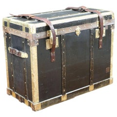 Lavolaille Branded Flat-Topped Trunk