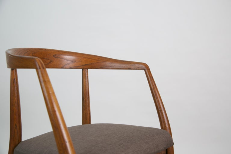 Lawrence Peabody for Richardson Nemschoff Solid Oak Armchairs, circa 1960s For Sale 10