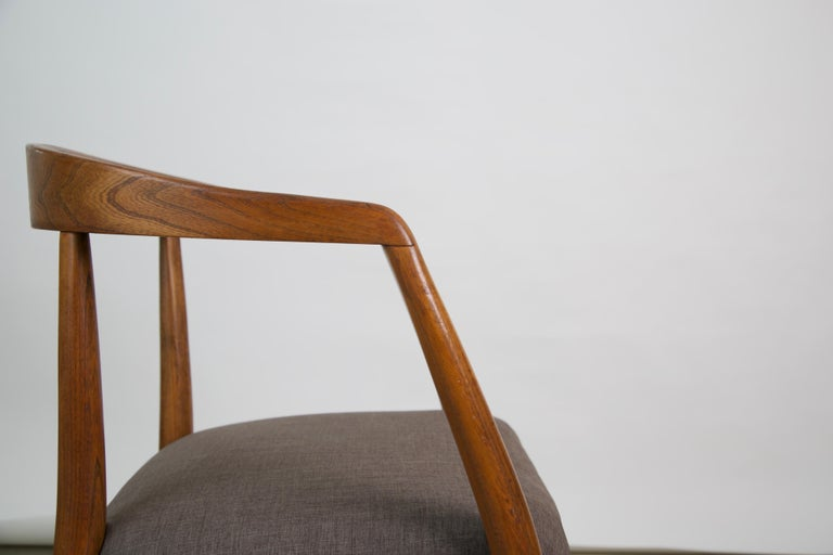 Lawrence Peabody for Richardson Nemschoff Solid Oak Armchairs, circa 1960s For Sale 11