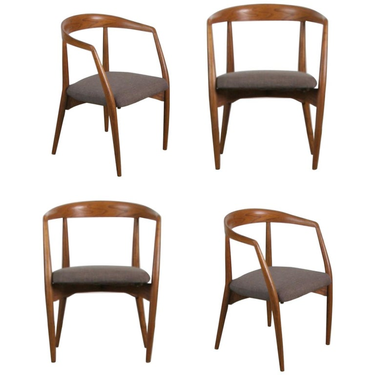 Lawrence Peabody for Richardson Nemschoff Solid Oak Armchairs, circa 1960s For Sale