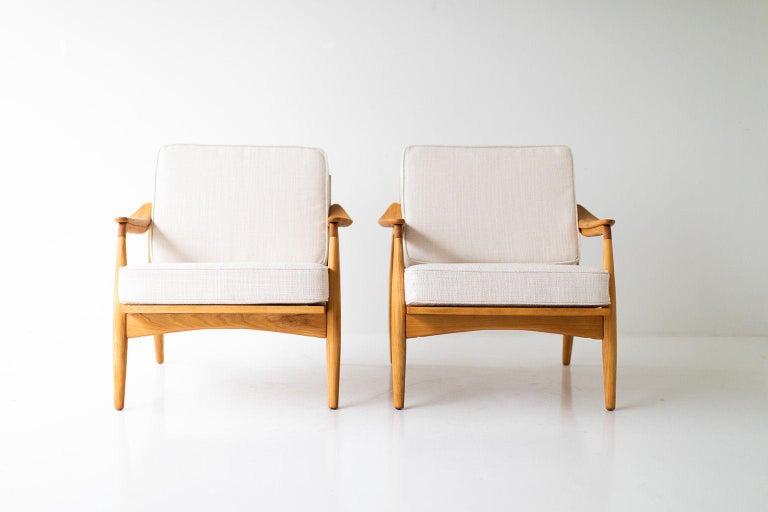 Designer: Lawrence Peabody.  Manufacturer: Nemschoff. Period/Model: Mid-Century Modern. Specs: Elm, Thick Weave Fabric.  Condition:  These Lawrence Peabody lounge chairs for Richardson Nemschoff are in excellent restored condition. The elm