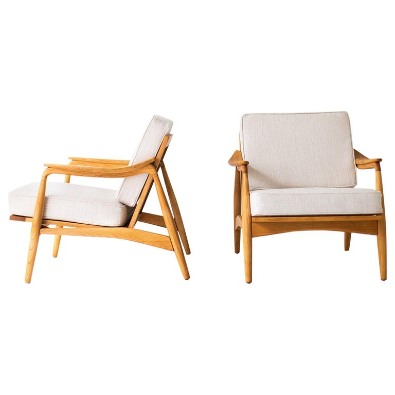 Lawrence Peabody Lounge Chairs for Richardson Nemschoff For Sale