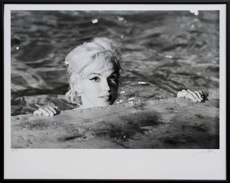 Lawrence Schiller Figurative Photograph - Marilyn Monroe in Something's Got to Give - 5