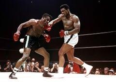 Muhammad Ali Defeating Floyd Patterson, Las Vegas