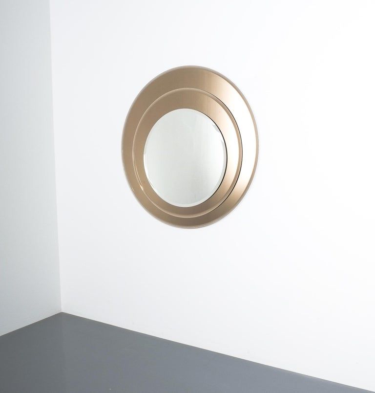 Layered midcentury Rimadesio mirror, Italy, 1970. Three layered round 30