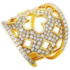 LB Exclusive 18 Karat Gold 1.68 Carat Diamond Clover Cutout Wide Band Ring