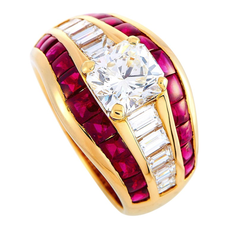 LB Exclusive 18 Karat Yellow Gold 2.72 Carat Diamond and Ruby Ring For Sale