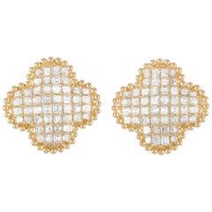 LB Exclusive 18 Karat Yellow Gold 3.34 Carat Diamond Quatrefoil Earrings