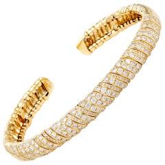 LB Exclusive 18 Karat Yellow Gold Diamond Open Bracelet