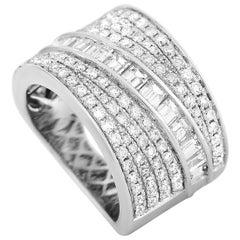 LB Exclusive 18 Karat White Gold 2.65 Carat Diamond Ring