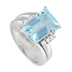 LB Exclusive Platinum 0.16 Ct Diamond and Aquamarine Ring