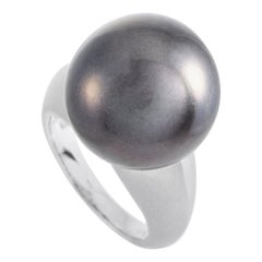 LB Exclusive Platinum and Tahitian Pearl Ring